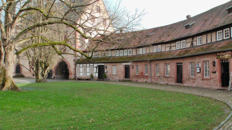 Schloss in Büdingen, äußerer Hof Wildkammer